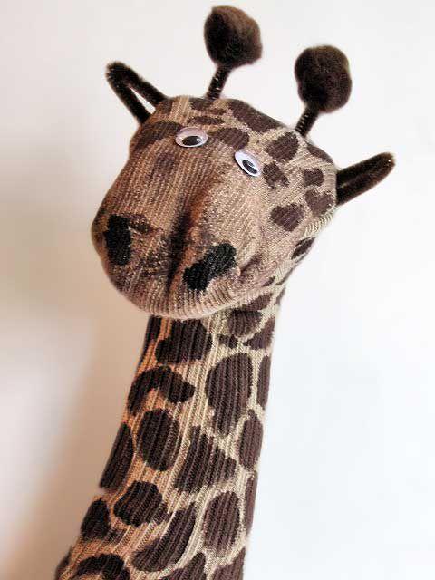 mediaComo-hacer-un-títere-de-jirafa-con-una-media-introd