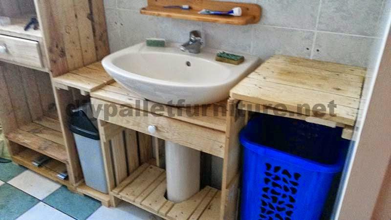 Muebles para el baño realizados íntegramente con palets 3