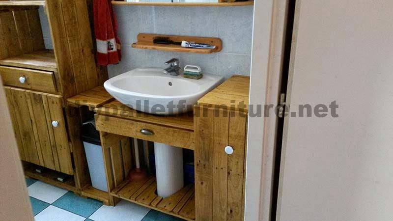 Muebles para el baño realizados íntegramente con palets 4