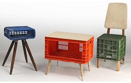 asientosMuebles hechos con cajas plásticas recicladas 1