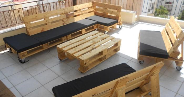 Im genes de muebles hechos con palets reciclados ecolog a hoy - Muebles hechos con palets de madera ...