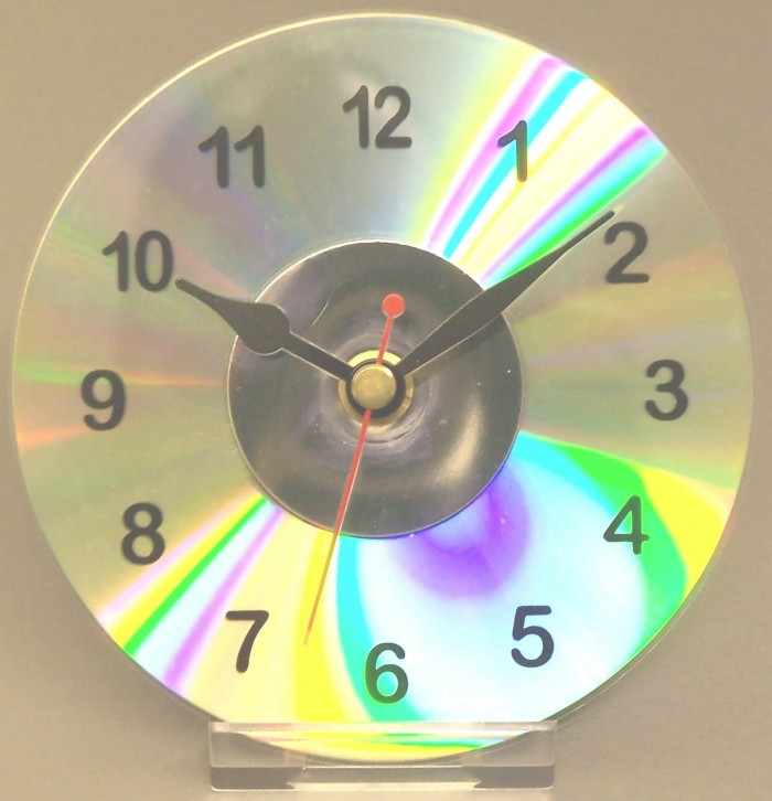 Ideas geniales para hacer un reloj casero reciclado - Como hacer un reloj de pared ...