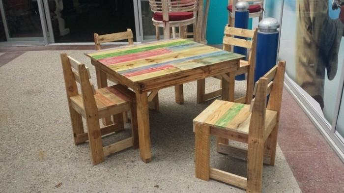 mesa-sillas-infantil-palets