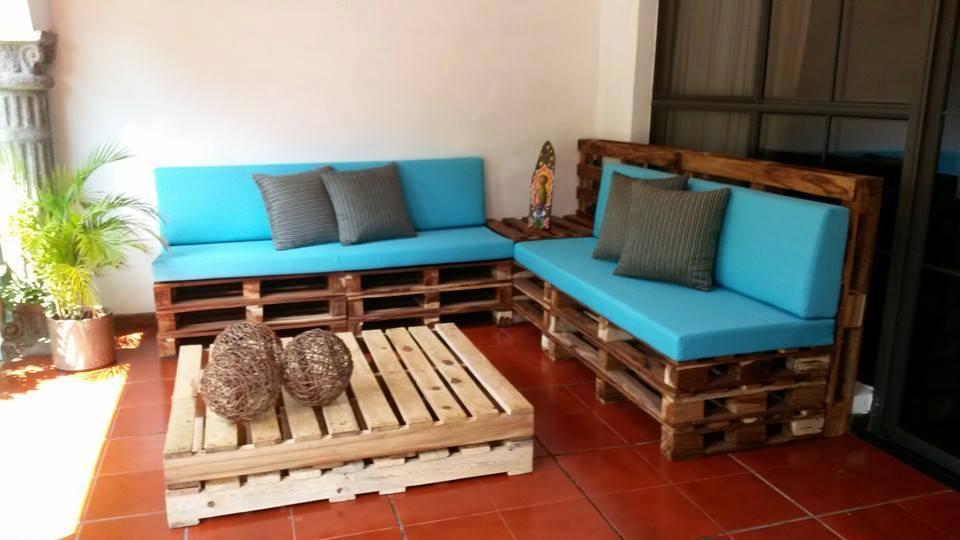 M s de 50 ideas de c mo hacer con palets muebles modernos for Muebles de jardin de palet