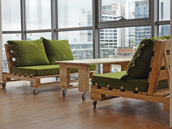 paletssofasillones_muebles_oficina_palets_madera