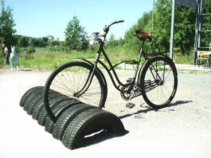 bicicletas-llantas-estacionamiento