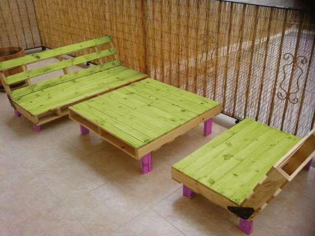 Ideas super originales para hacer sillones ecol gicos for Sillones de patio de madera
