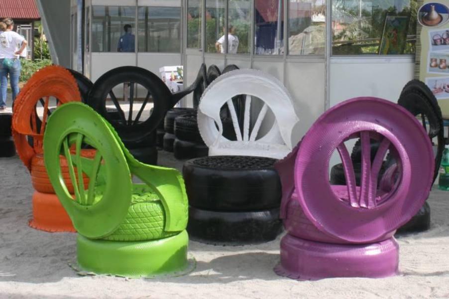 sillas-neumaticos-usados-colores