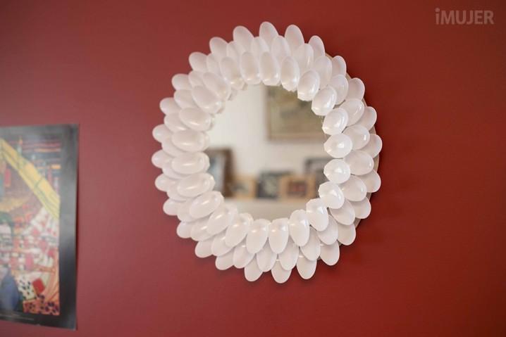1018_Espejo decorado con cucharas_06