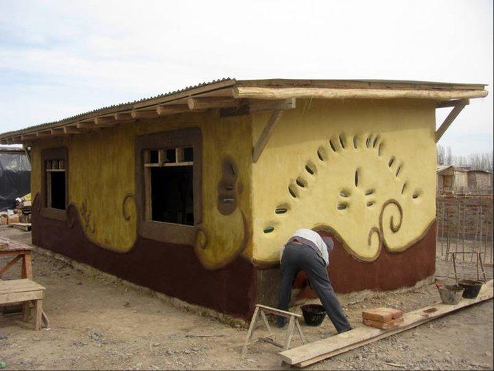 El_Concejo_admitio_la_construccion_de_casas_de_barro_en_Bahia_Blanca