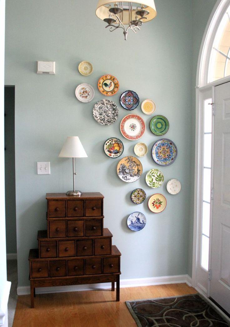 decorar-paredes-con-platos-mixtos