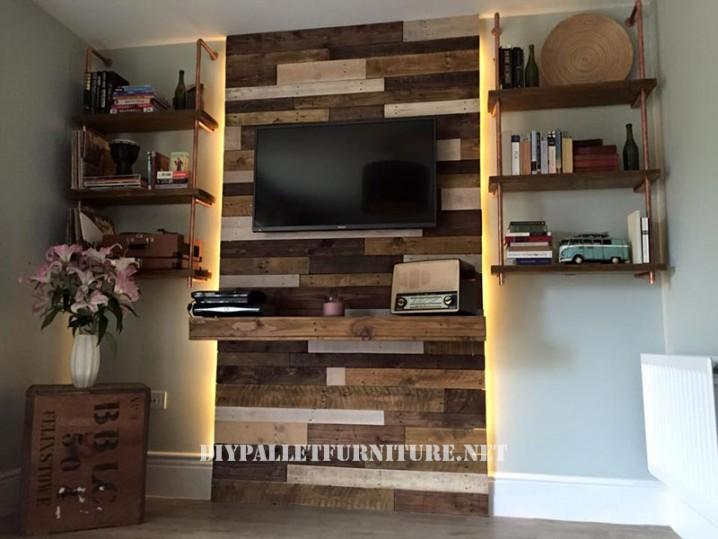 pared realiazada con palets para el salón