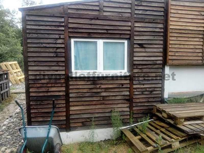 Casa arreglada y mejorada utilizando los palets de madera 3