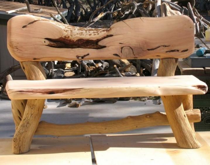 Bancos y sillas hechos con troncos ideas super originales para decorar tu jard n ecolog a hoy - Banco de madera rustico ...