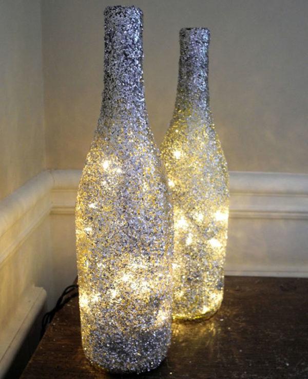 adornos-navidenos-reciclados-con-botellas-con-luces-600x738