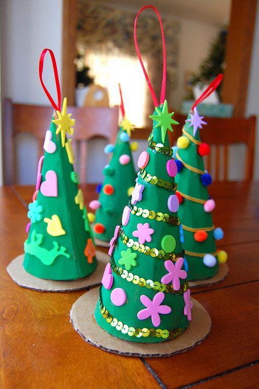 Adornos Para Navidad Reciclados Con Materiales De Desecho Ecologia Hoy - Manualidades-faciles-navidad-nios