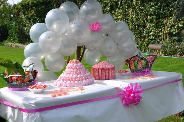 Decoraci n para fiestas de cumplea os al aire libre - Como decorar una mesa de jardin ...